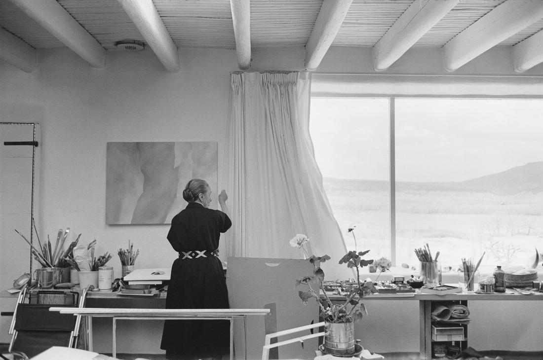okeeffe-opening-the-curtains-of-her-studio-1960-gelatin-silver-print-18-x-12-in-georgia-okeeffe-museum-ctony-vaccaro