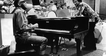 TV - Merv Griffin Show, Ray Charles, piano, Quincy Jones - early 1970s