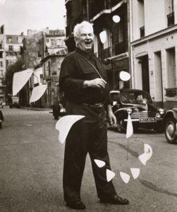 Alexander Calder by Agnes VardaScanned 12/12/2001 Lands